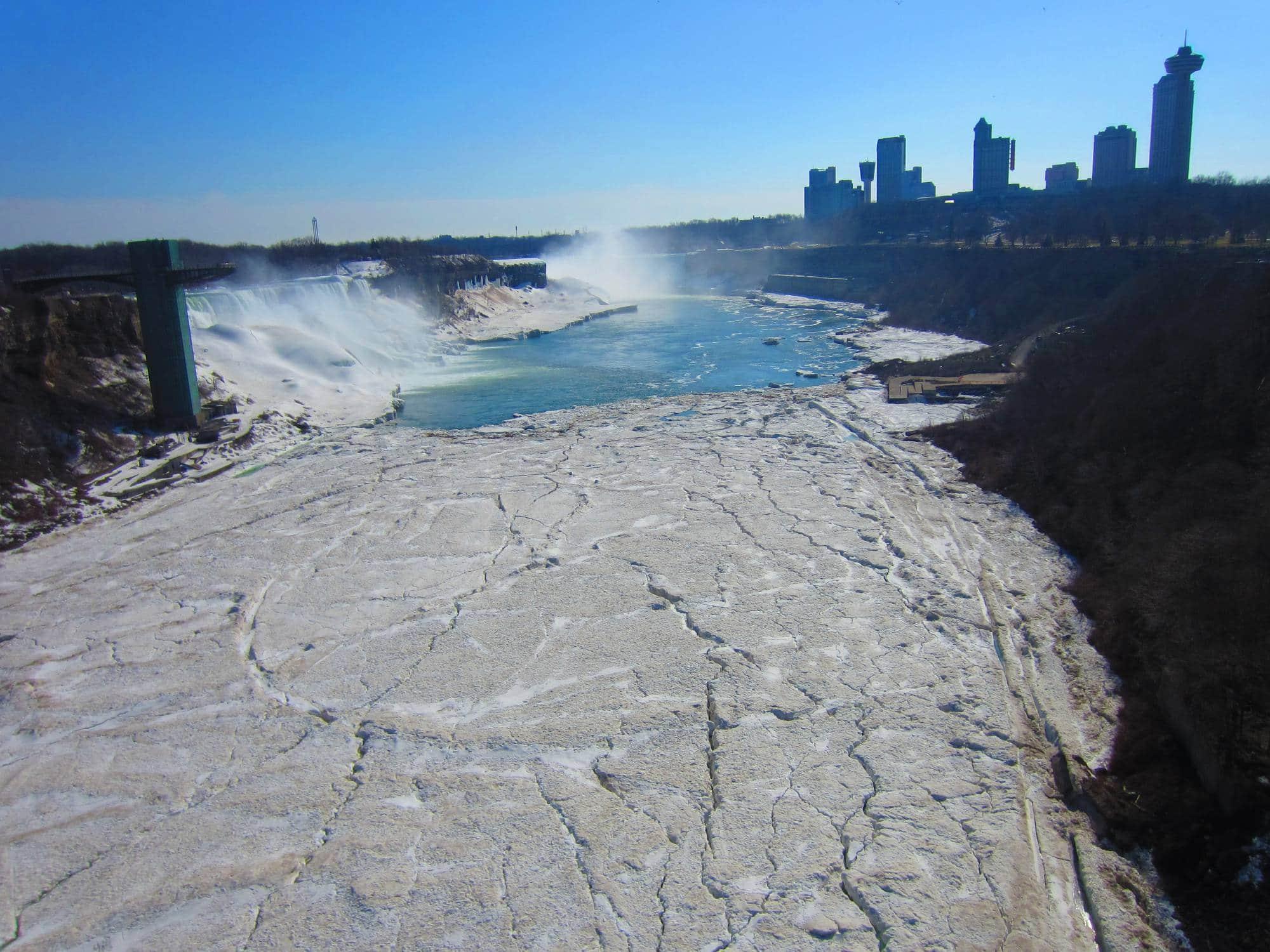 Niagara Falls, April 2014