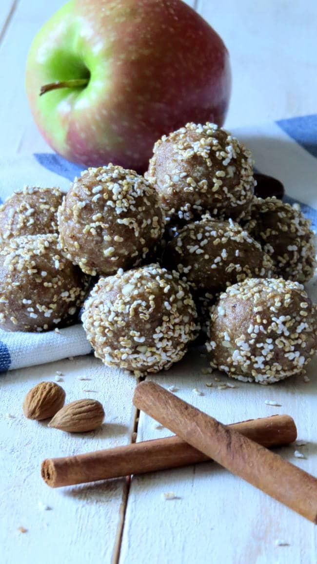 Apple Cinnamon Energy Balls