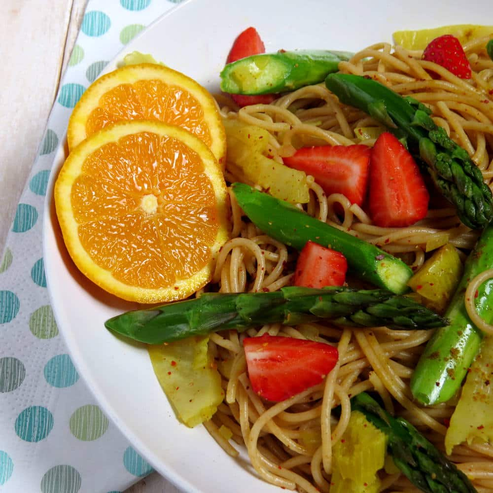 Vegan Spring Spaghetti with Asparagus and Strawberries