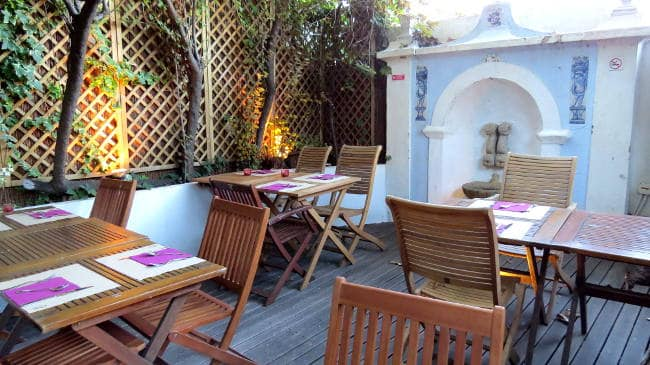 Terra Outdoor Seating, Vegan in Lisbon