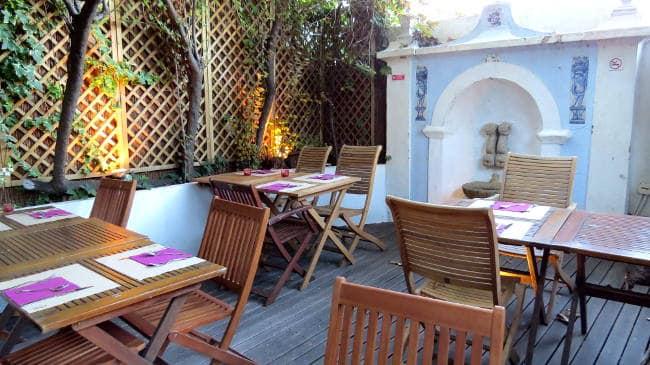 Terra Outdoor Seating, Vegan in Lisbon