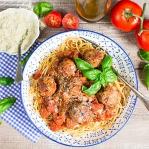 Vegan meatballs with Spaghetti