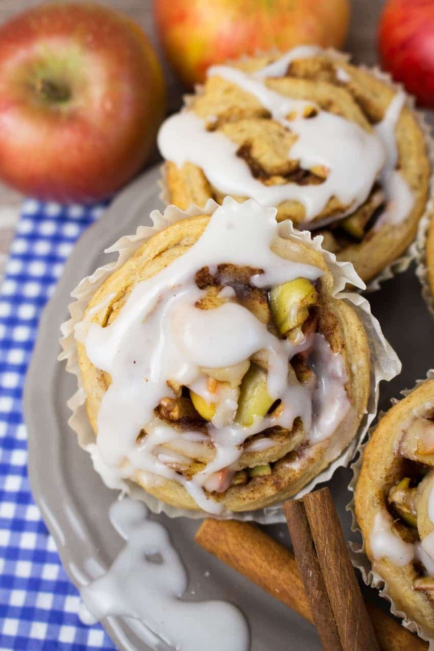 Vegan Cinnamon Rolls with Apples 9