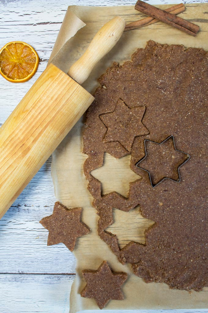 Vegan Orange Cinnamon Christmas Cookies