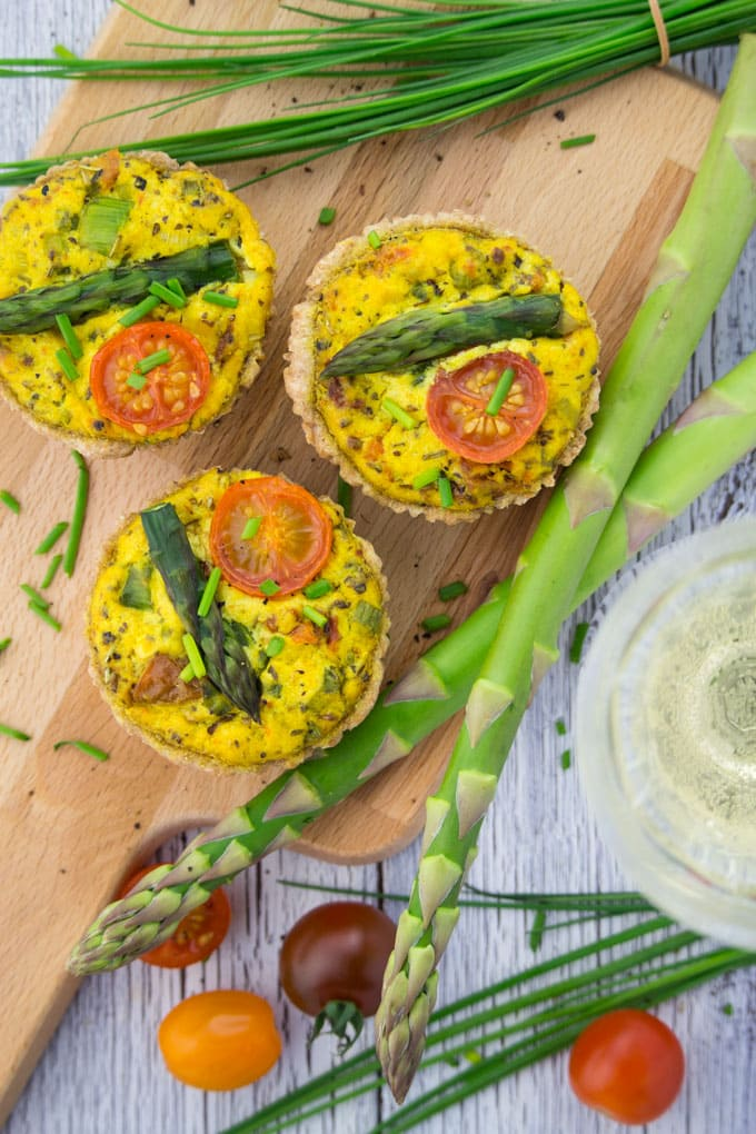 Vegan Quiche with Asparagus and Tomatoes