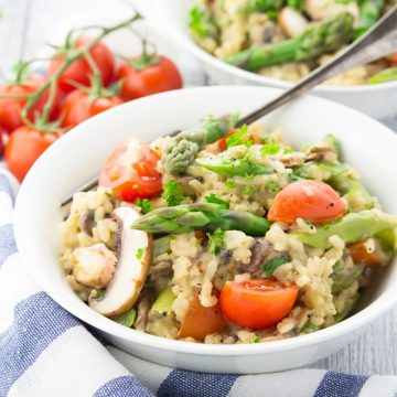 Vegan Risotto with Asparagus and Mushrooms