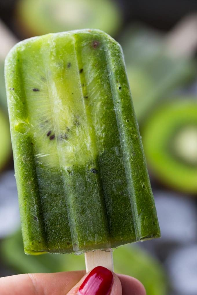 Healthy Popsicles with Kiwi & Pineapple