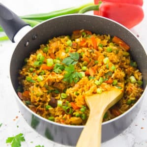 One Pot Vegetable Rice with Bell Pepper and Peas