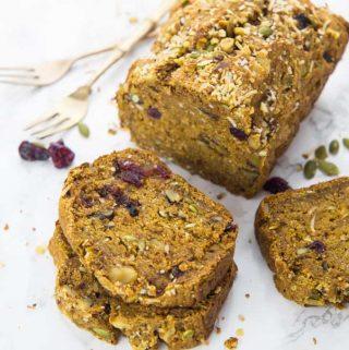 Vegan Pumpkin Bread with Cranberries and Pumpkin Seeds
