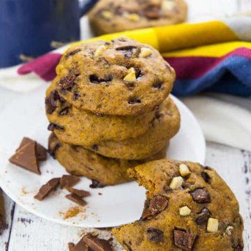 Vegan Pumpkin Cookies with Chocolate Chunks