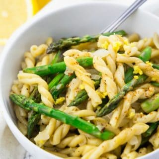 Lemon Asparagus Pasta – Ready in 20 Minutes!
