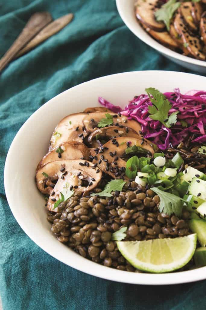 Marinated Mushroom with Lentils and Mushrooms in a Bowl