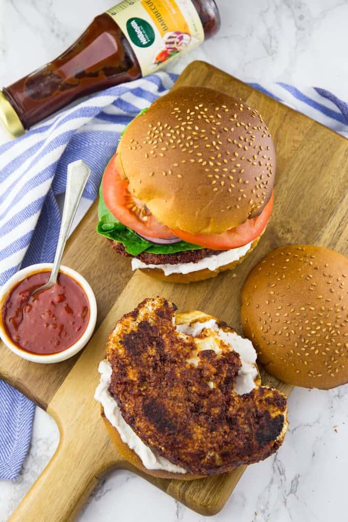 Cauliflower Burger (Vegan & Super Crispy)