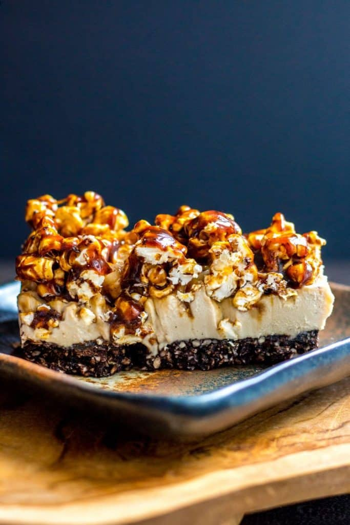 Vegan Coffee Cheesecake with Salted Caramel Popcorn